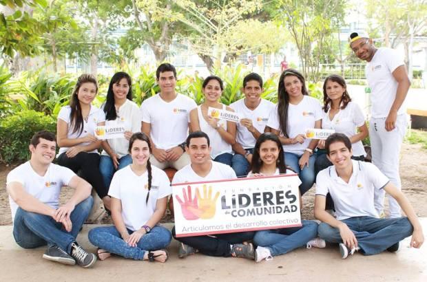 F. Líderes de Comunidad- Cover